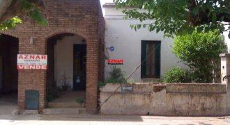 Casa en venta en calle Necochea