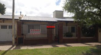 Casa en venta en calle Moreno
