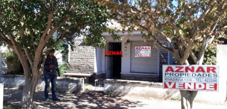 Casa en venta en calle Irigoyen