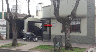 Casa en venta en calle Elizondo