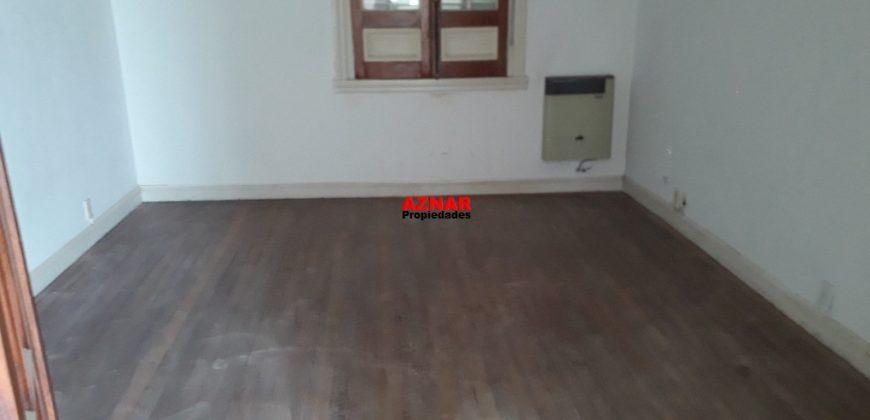 Departamento en alquiler en calle Alsina