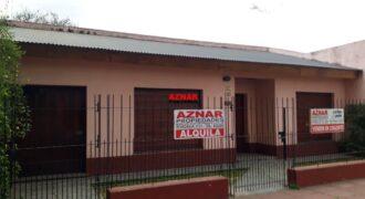 Casa en alquiler en calle Urquiza 934
