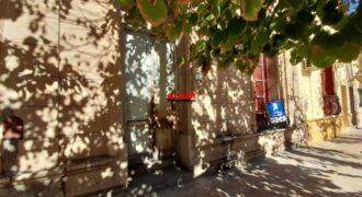 Casa en Pellegrini 1037